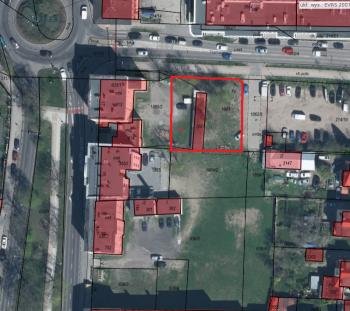 Mapka z zaznaczoną działką przy ul. Tramwajowej.